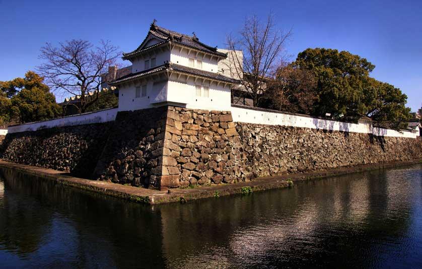funai-castle-1