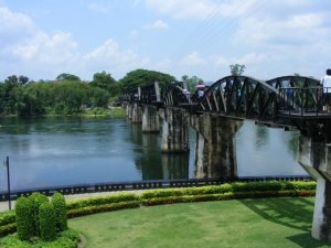 tajlandia-kanchanaburi-rzeka-kawai