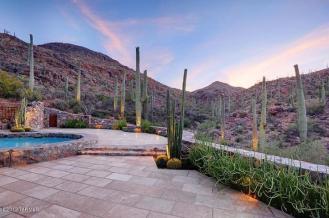 4945 W Via Scaramuzzo Tucson, AZ 85745 20