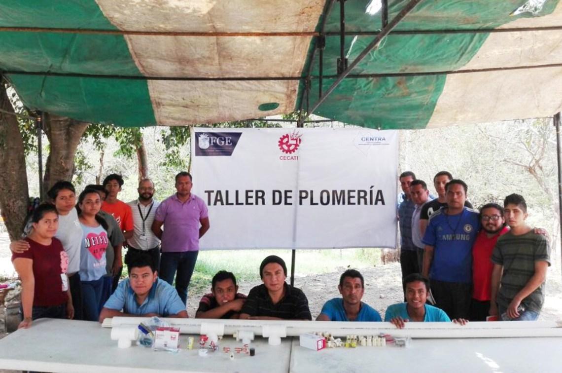 Impulsan prácticas laborales a usuarios de la clínica Centra de Berriozábal (3)