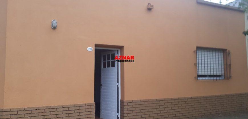 Casa en alquiler en calle Salta