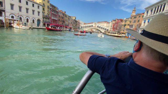 Quì dalla fermata di piazzale Roma, decido di prendere il Vaporetto e di navigare su tutto il canal Grande fino a piazza San Marco
