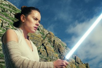 Star Wars: The Last Jedi Rey (Daisy Ridley) Photo: Lucasfilm Ltd. © 2017 Lucasfilm Ltd. All Rights Reserved.