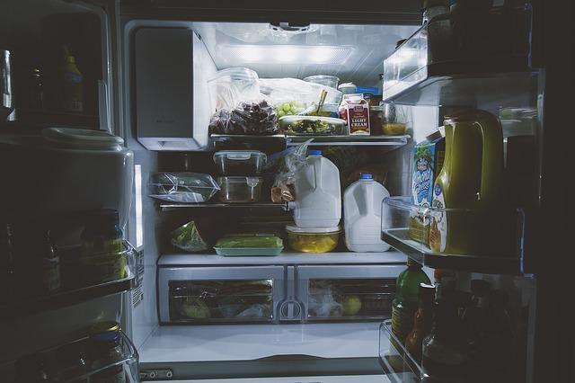 満杯の冷蔵庫
