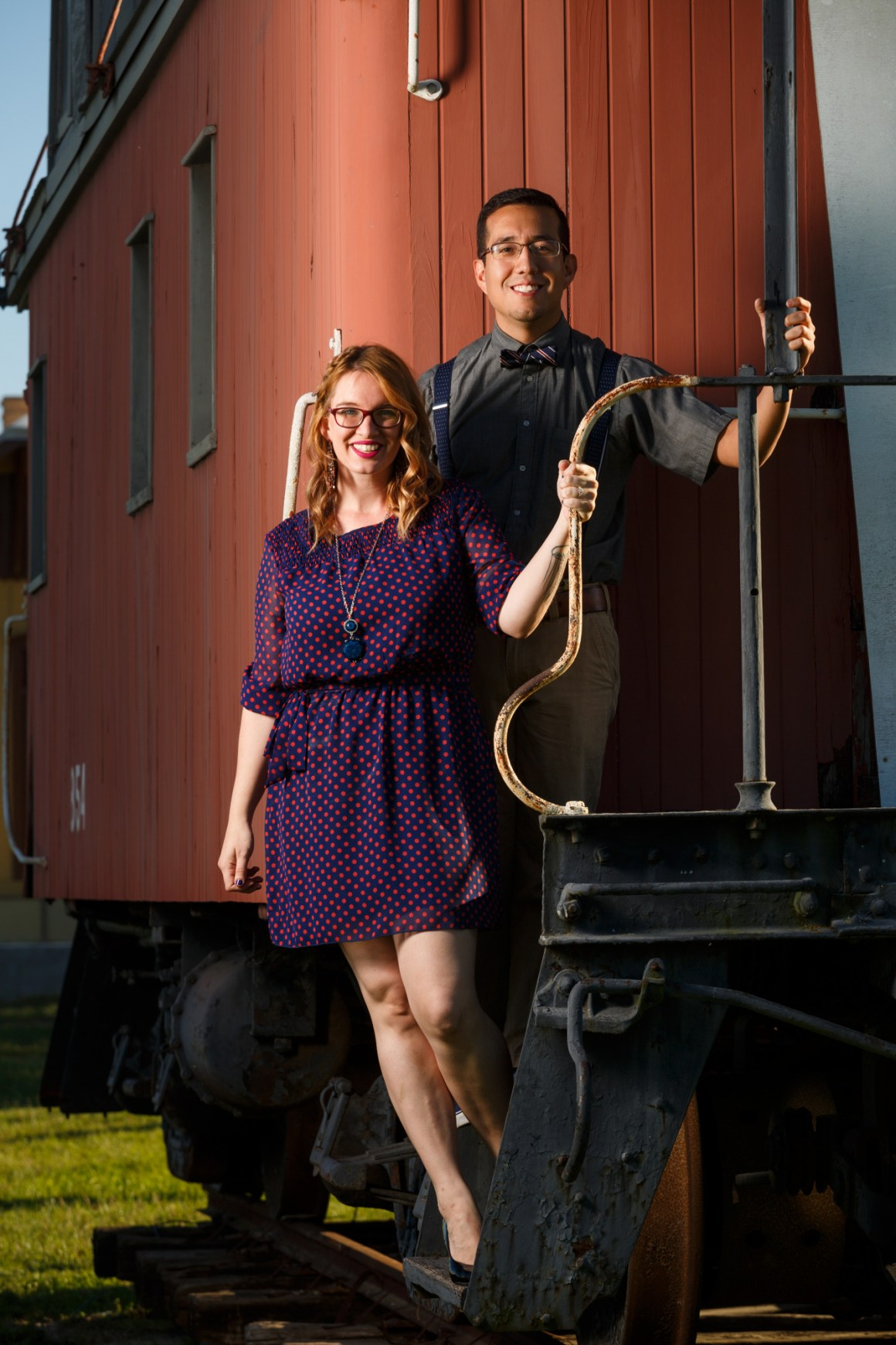 engagement-kyle-railroad-daniel-and-stephanie-001