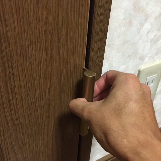 ドア,蝶番,直す,DIY,修理,立て付け