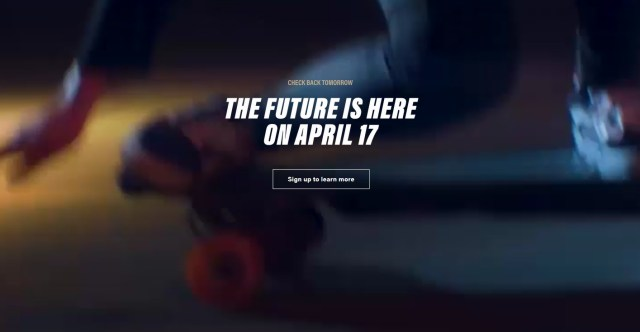 Boosted, BoostedBoard, Electric, Electric Skateboard, boosted boards, sk8, skateboard, おしゃれ, おすすめ, ガジェット, スケボー, スケートボード, ニューヨーク, バランスボード, ブーステッド, ブーステッドボード, 名探偵, 日本でも買える, 迷探偵, 電動, 電動アシスト, 電動スケボー, 電動スケートボード, 電動パワーボード, 電気スケボー, 電気スケートボード,新型