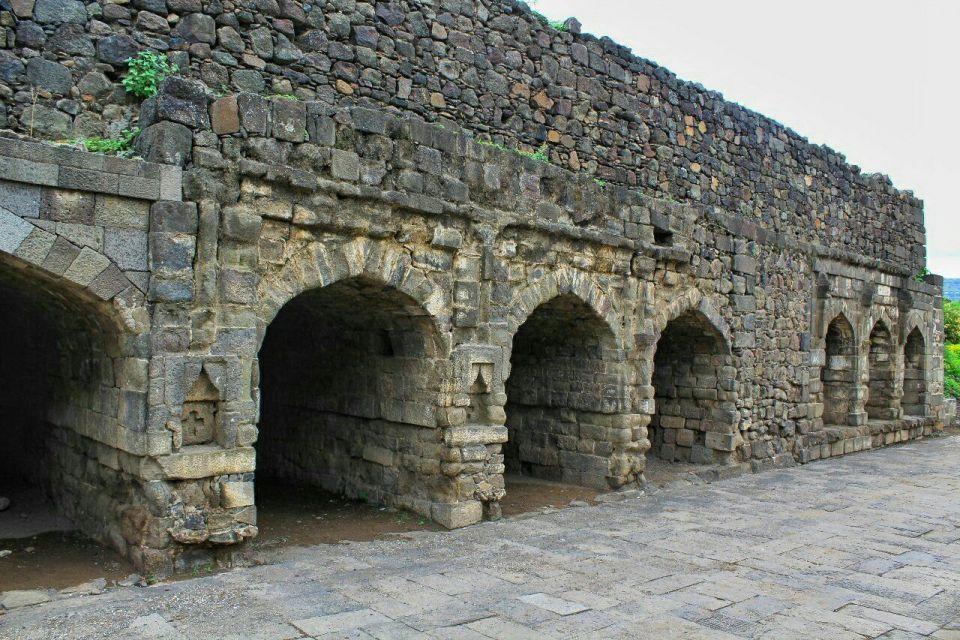27 daulatabad fort - aurangabad - maharashtra - india - azure sky follows