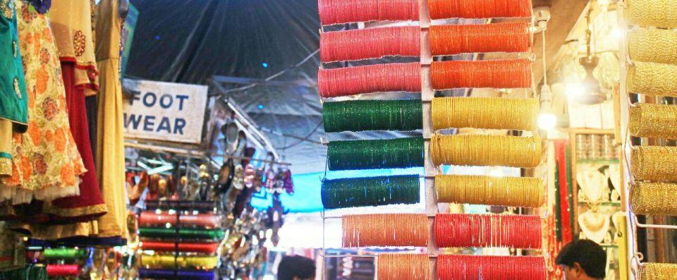 12 Hyderabad - Laad Bazar - Pathhargatti - Markets - Karnataka - India - Azure Sky Follows - Tania