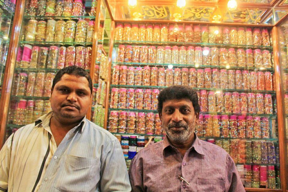 13 Hyderabad - Laad Bazar - Pathhargatti - Markets - Karnataka - India - Azure Sky Follows - Tania
