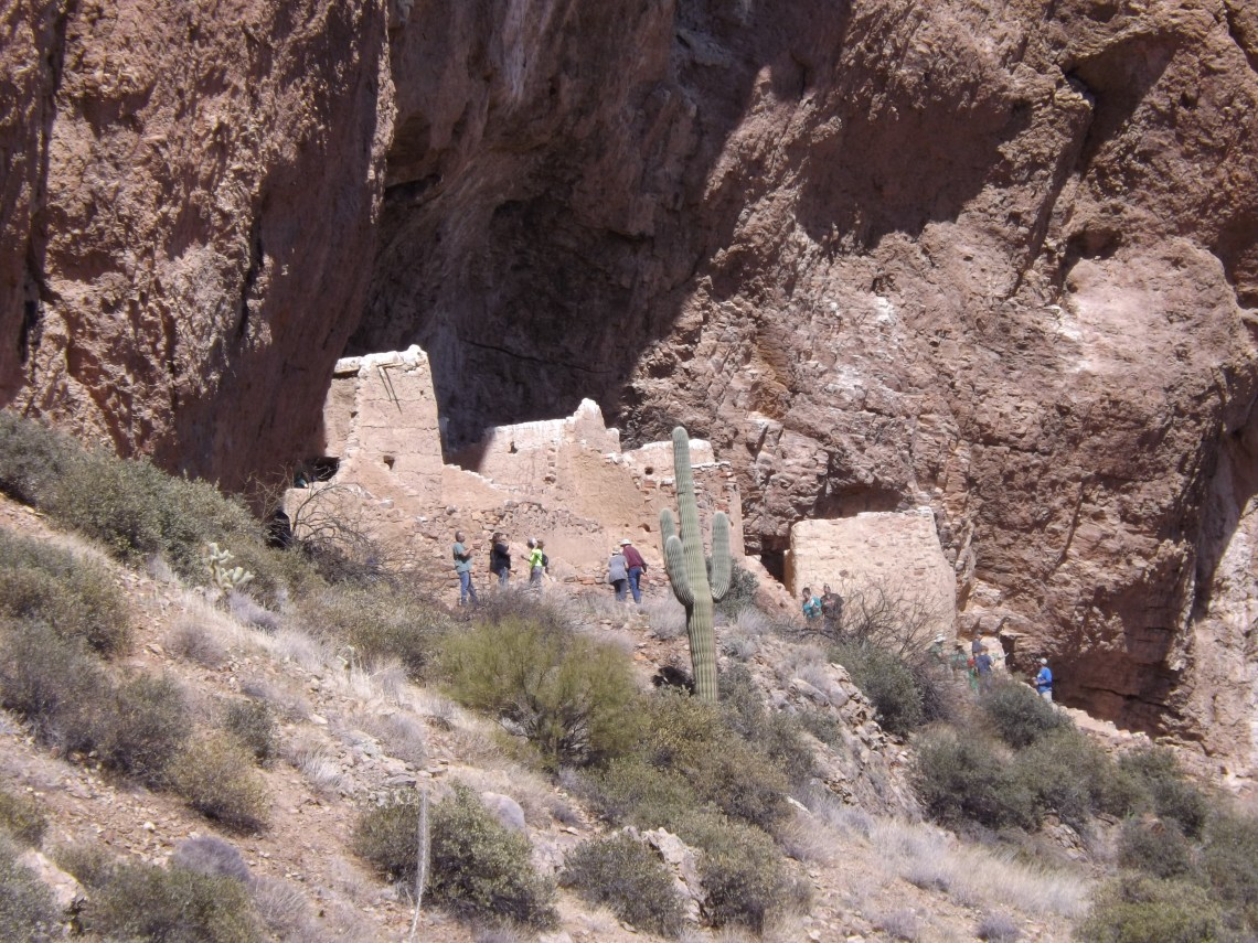 View of upper cliff dwelling at Tonto National Monument