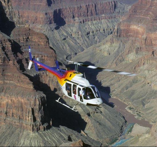 Grand-canyon-papillon-chopper