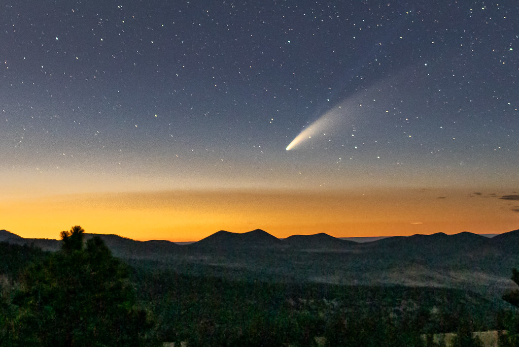 Comet Neowise over Northern Arizona sky