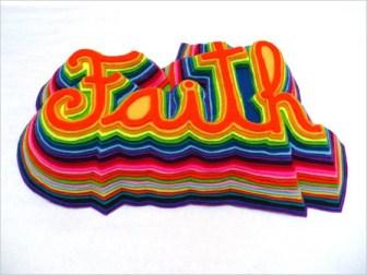 Mil Hojas - Faith