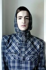 Sobretodo escocés con capucha - Ladrón de Guevara