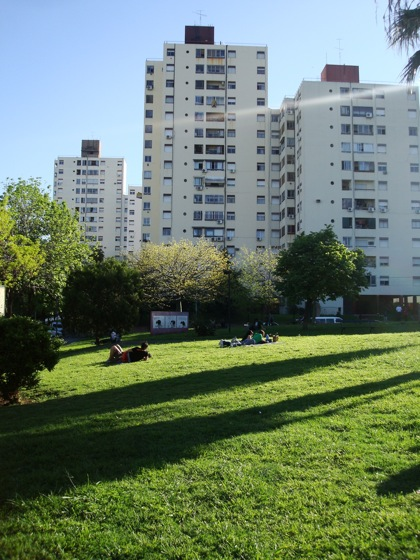 Plaza Mafalda y conjuntos de viviendas