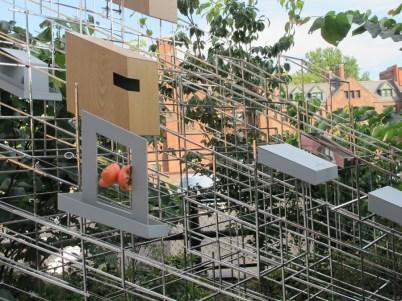 Instalación para alimentar pájaros en el High Line
