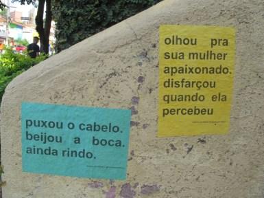 Posters en la calle en el barrio de Pompeia, Sao Paulo