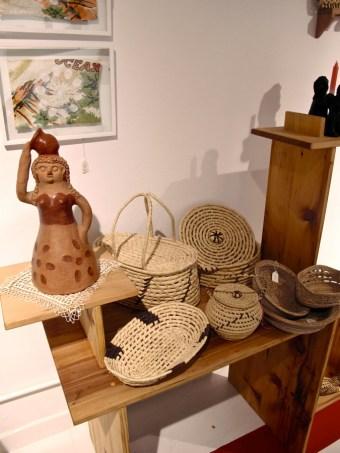 Cestería y artesanía con cerámica en Guaraní Porã