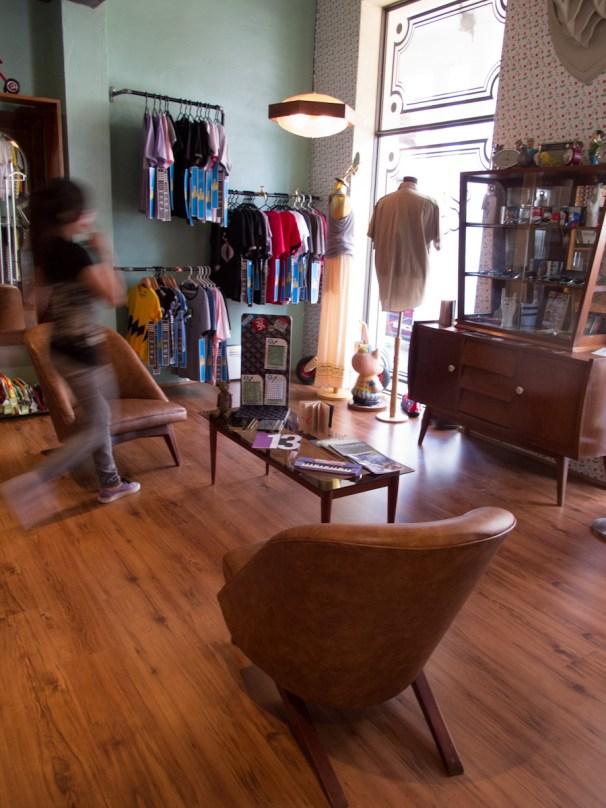 Interior de la tienda de diseño República en Santa Cruz, Bolivia. Foto