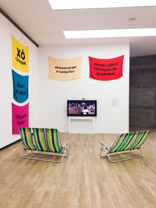 Instalaciones del colectivo brasileño OPAVIVARÁ. Foto