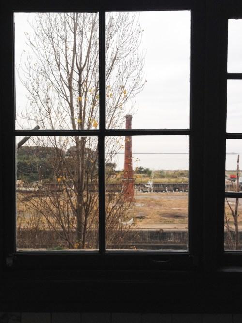 Vista desde el ex Hotel de inmigrantes hacia el río. Foto