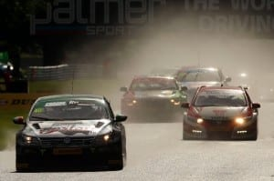btcc-oulton-park-in-the-wet