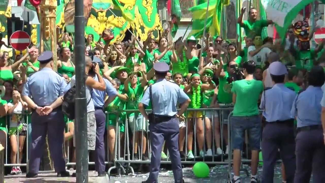 11 - rival supporters face each other in Zabbar