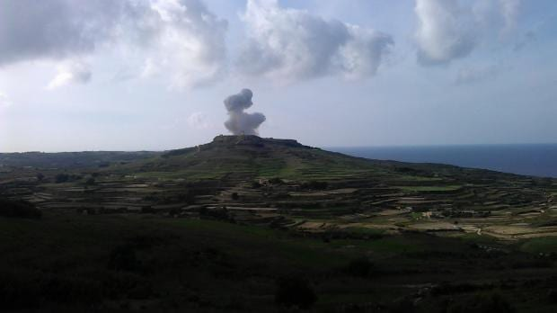 MalDia 07 (12-11-14) Gharb explosion from a distance