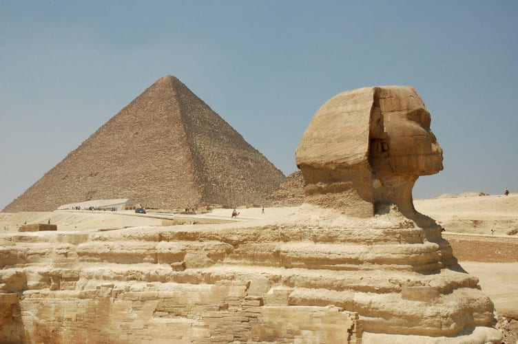 The Sphinx and Keops' pyramid