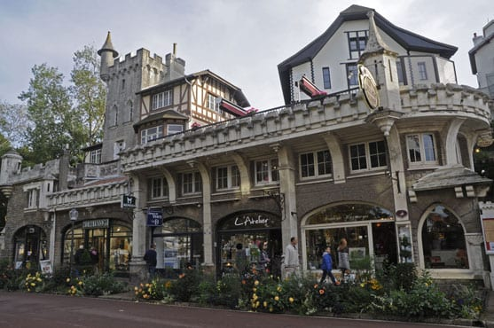 A shopping street in Le Touquet