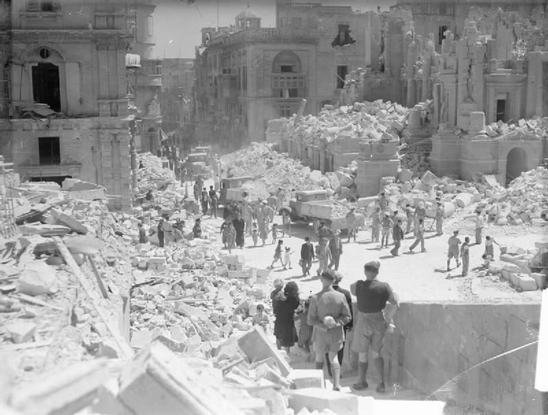 No, not earthquake damage but German WWII bombing on Valletta and the destruction of the beautiful Opera House.