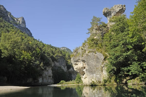 Sculpted rock in the Gorges du Tarn