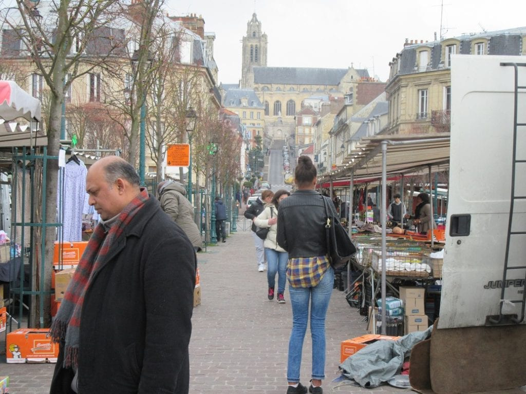 Market/Cathedral