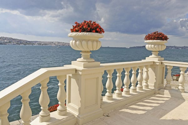 -view-over-bosphorus-from-the-ciragan-garden-terrace