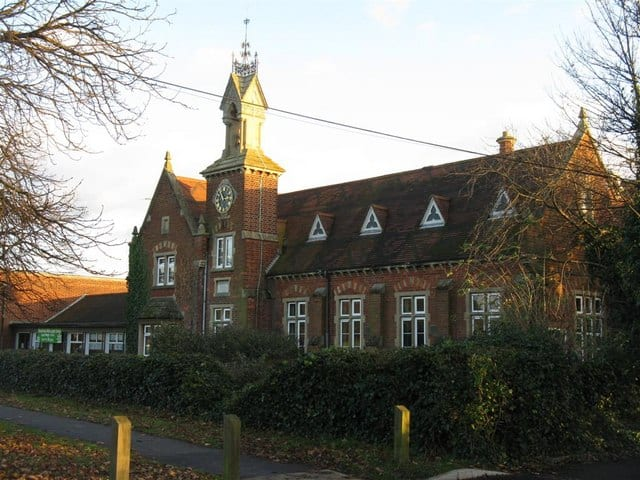 School-No-5-Goldington-Green-Primary-Bedfordshire..
