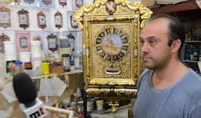 -hand-made-mechanical-and-gilded-clocks