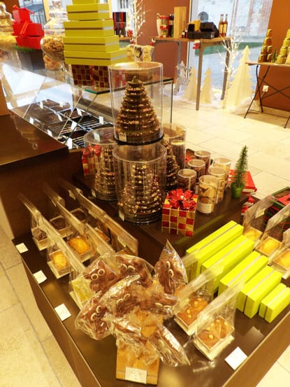 Chocolate-products-of-the-Chateau-dAugerville