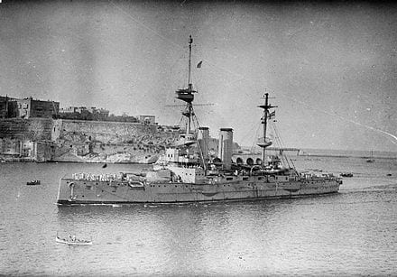 HMS-London-in-Malta-in-1915.