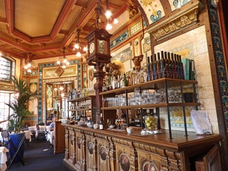 Listed interiors of La Cigale Brasserie