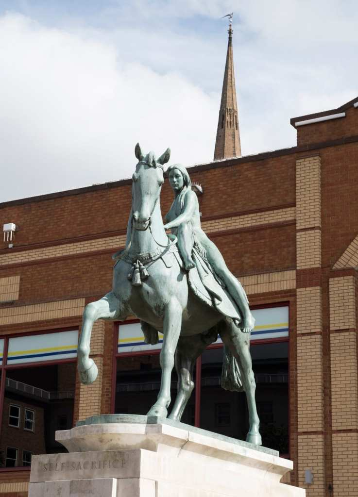 Pic Statue of Lady Godiva in Coventry Photo by Rob Tysall
