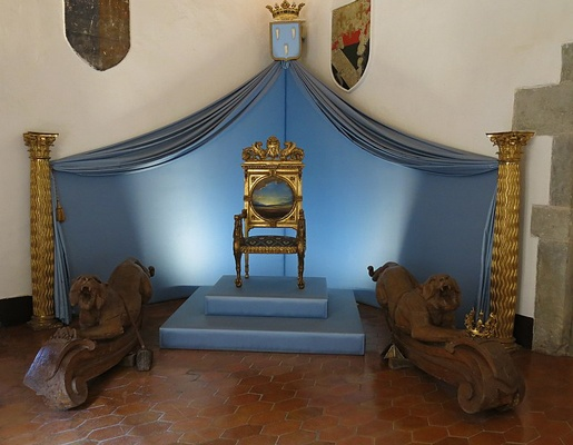 Galas throne in her Castle of Pubol