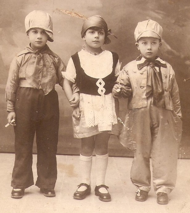 MalDia Carnival my mother Pauline flanked by her two brothers Guzi and Johnny