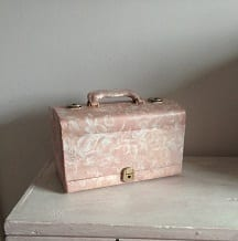 Upcycling - My Grandma's Make Up Case