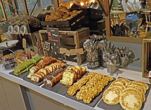 Breakfast buffet at Adagio