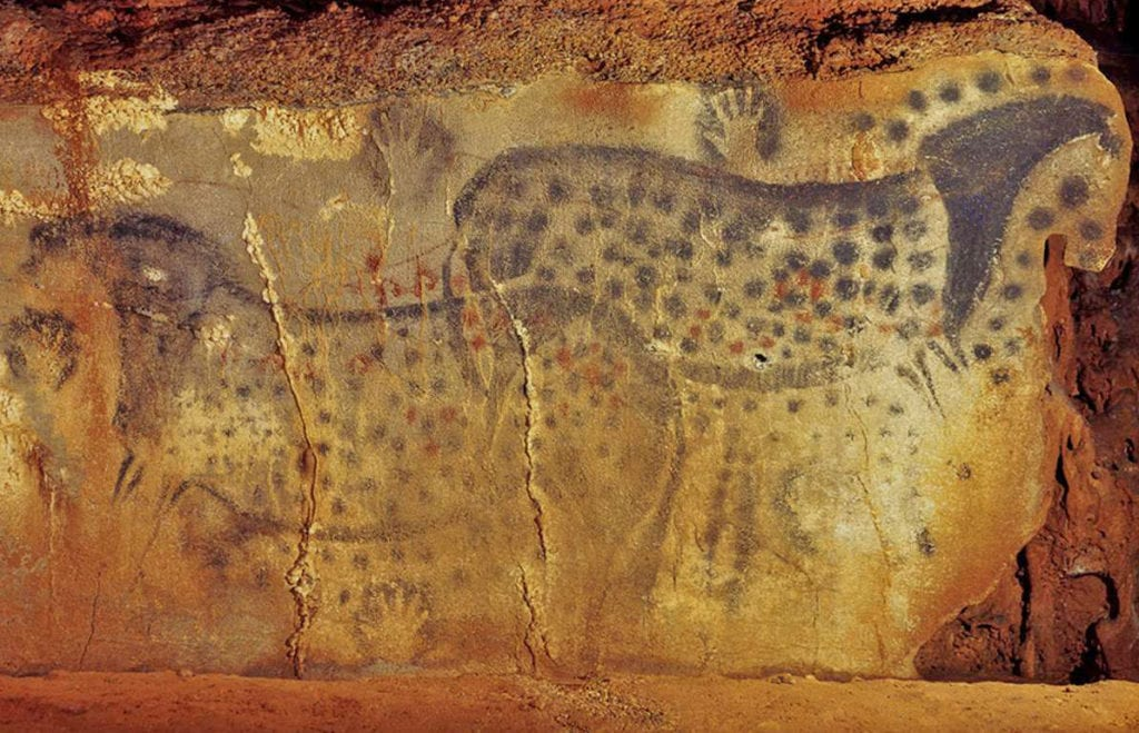 Spotted horses Pech Merle cave Lot Tourism