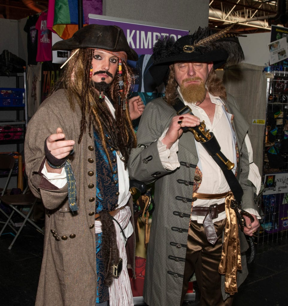 Pic Captain Jack Sparrow and friend