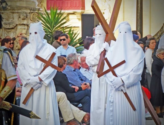 MalDia Penitents and those who have made vows