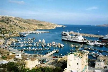 MalDia Inside Mgarr Harbour