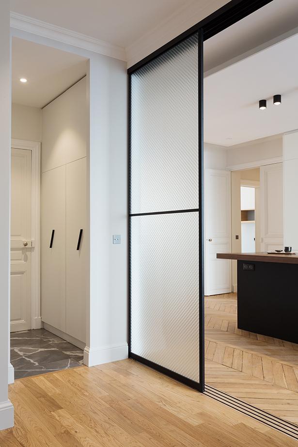 buanderie-10-appartement-luxe-paris